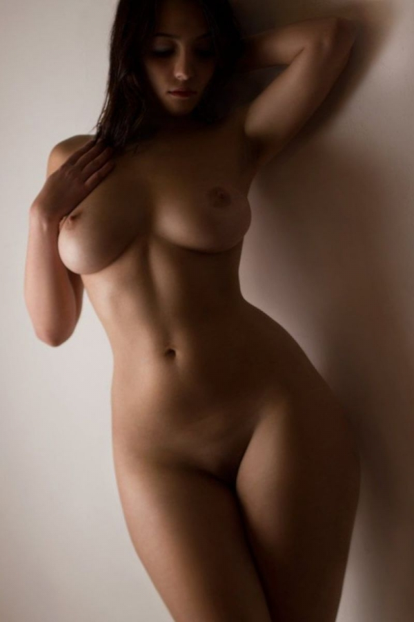 perfect-hourglass-nude-women.jpg (JPEG Image, 800 × 1200 pixels) - Scaled (58%)