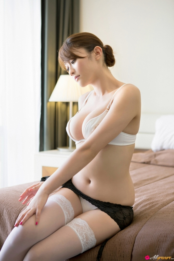 Mikie Hara with Free Gallery 2st Week! Picture