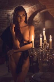 Ebony - Beauties - black