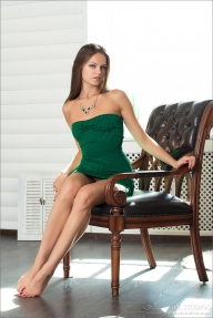 Tessa in green - nude photo gallery - HotFModels - Teen