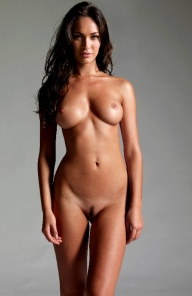 Megan Fox Posing For A Nude Pic | Celebrity Nudes - Brunette