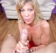 Dirty mom shannon west stroking cock - Handjob